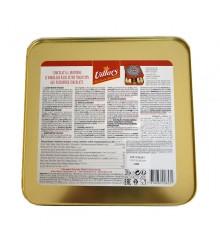 Swiss milk chocolate with hazelnut pieces