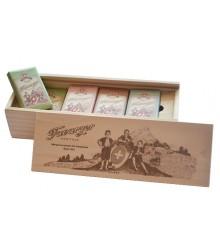 Estuche de lápices de madera - 16 mini tabletas surtidas 200g
