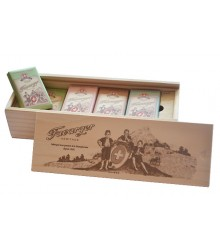 Wooden pencil case - 16 mini assorted tablets 200g