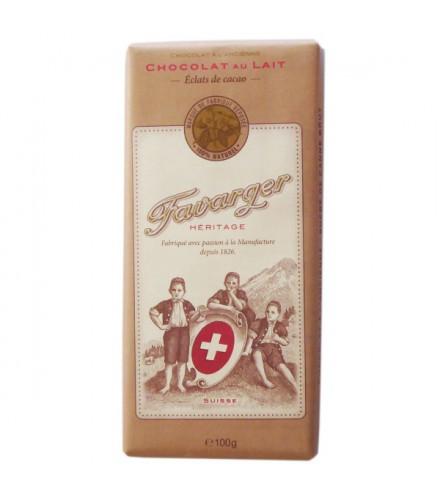 Chocolate con leche y trozos de granos de cacao